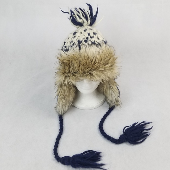 dc6c9cefdf0a5 American Eagle Outfitters Accessories - AMERICAN EAGLE Wool Alpaca Furry  Trapper Winter